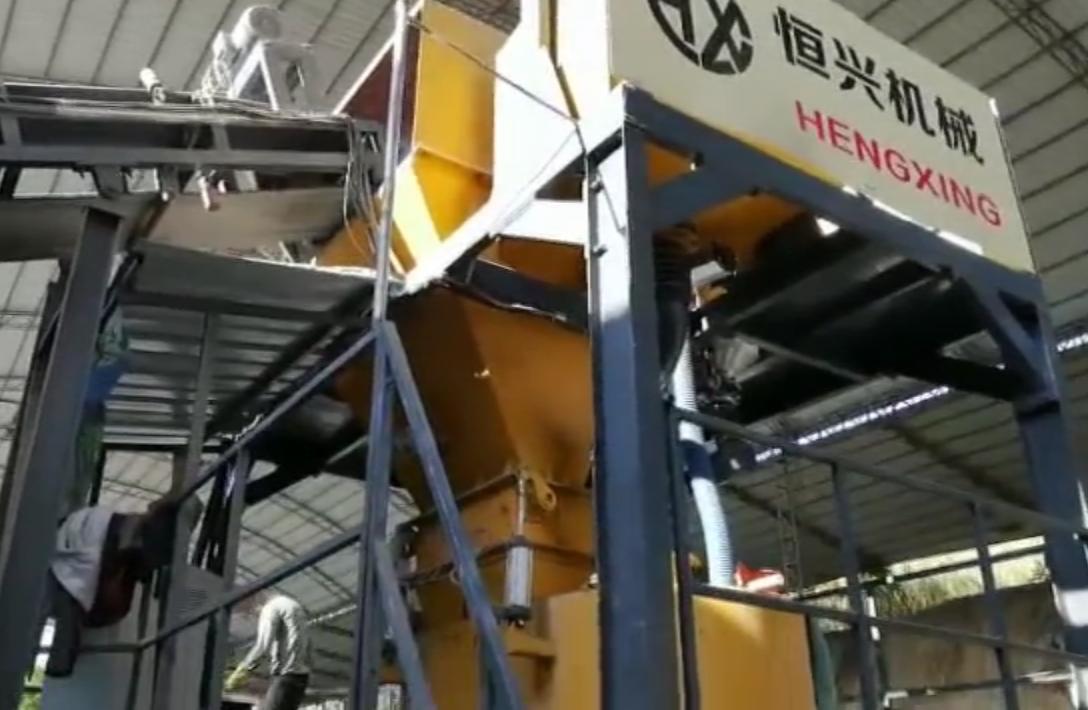免蒸加气块设备 免蒸加气砖生产线现场视频